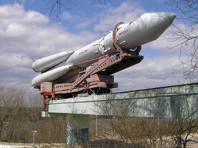 Ракета-носитель ВОСТОК. Фотография. 12 апреля 1961г.